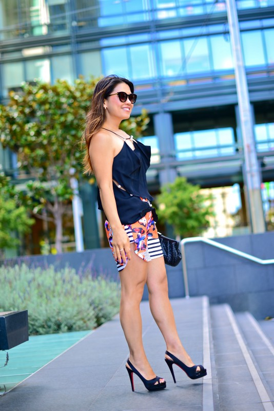 Summer fashion colorful shorts and tank with heels