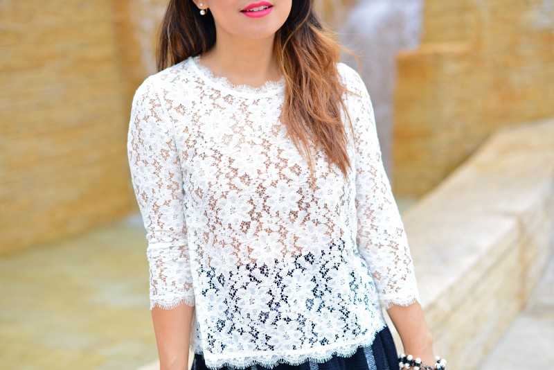 Black and white outfit in a Dolce Vita off white lace top three quarter sleeve
