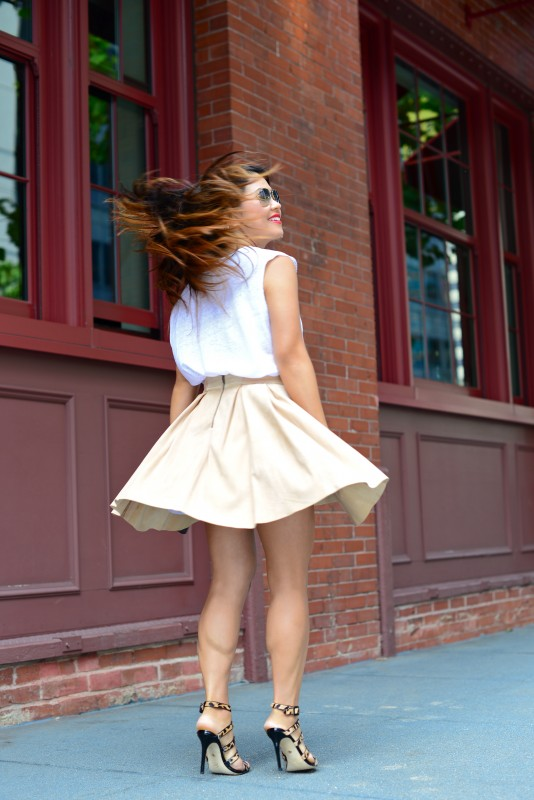 Neutral outfit mesh top and suede skirt with leopard sandals