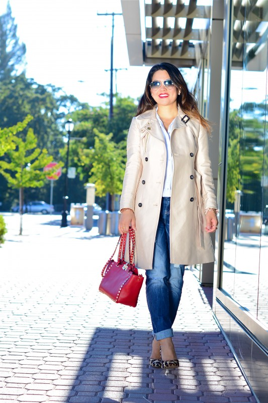 Classic trench boyfriend jeans and red satchel