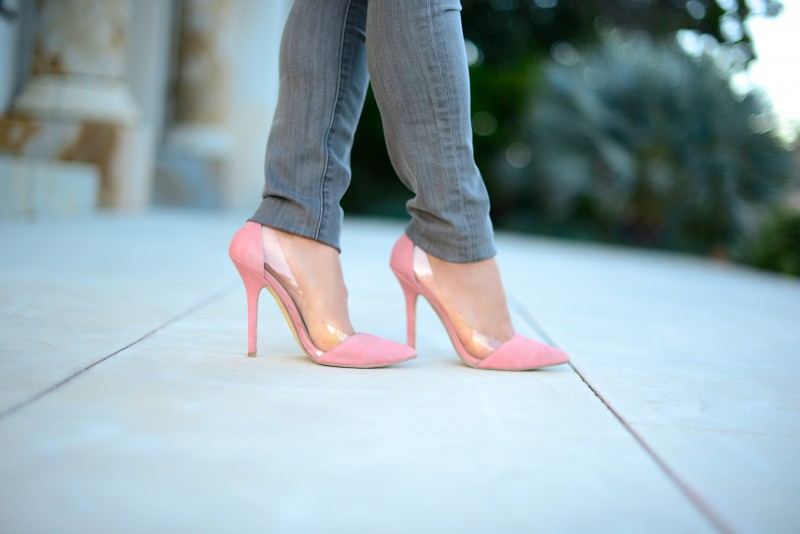 Pink suede pumps with PVC