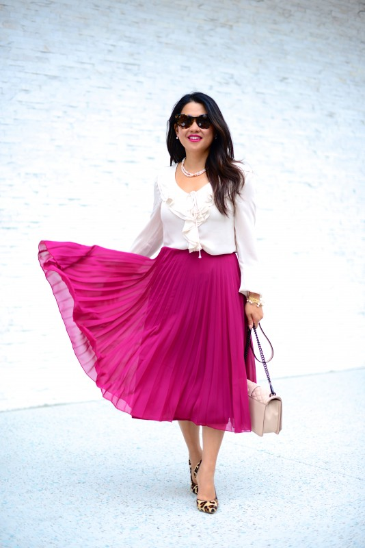 Classy outfit pleated skirt and ruffled blouse and leopard shoes