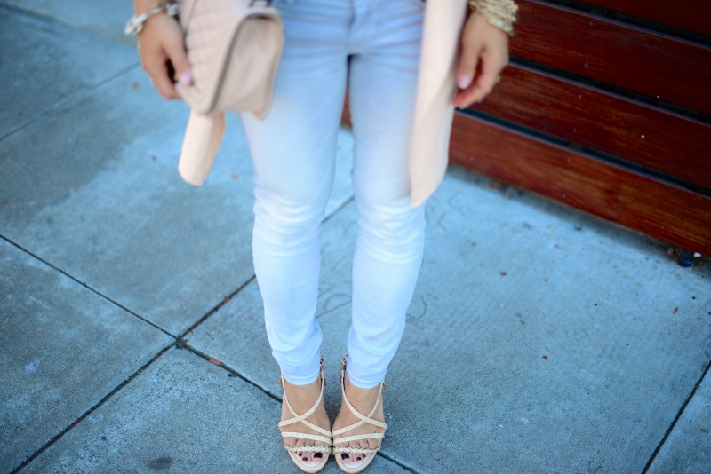 Light grey skinny jeans beige strappy heels