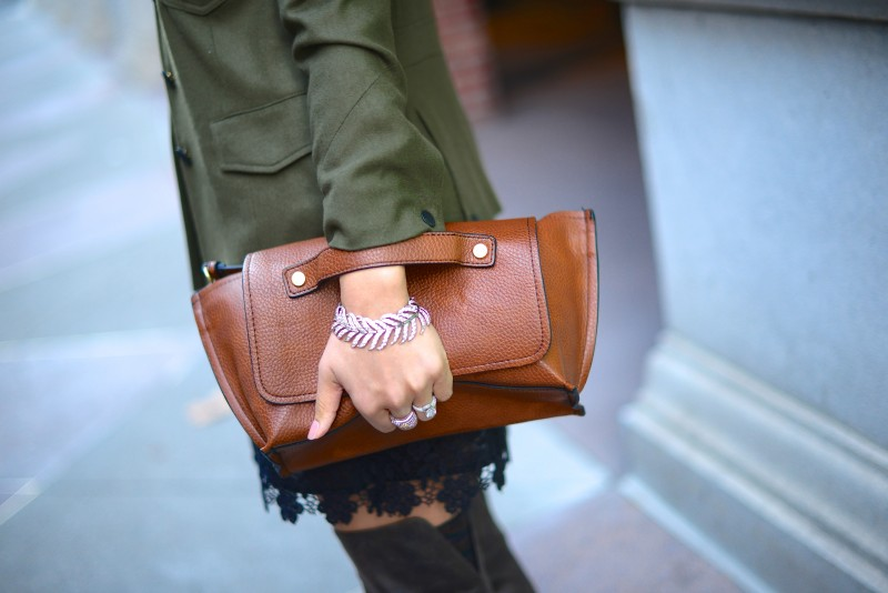 Brown clutch and cross body leaf bracelet